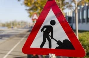 road-work-1148205_1280
